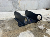 Unused Blank Head Bracket to suit 5-7t Excavator F082