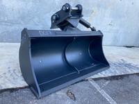 1200mm Hyd Tilt Bucket to suit 3-4t Excavator D017