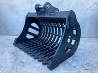 900 Rake Bucket to suit 3-4t Excavator D028