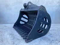 900 Rake Bucket to suit 3-4t Excavator D029