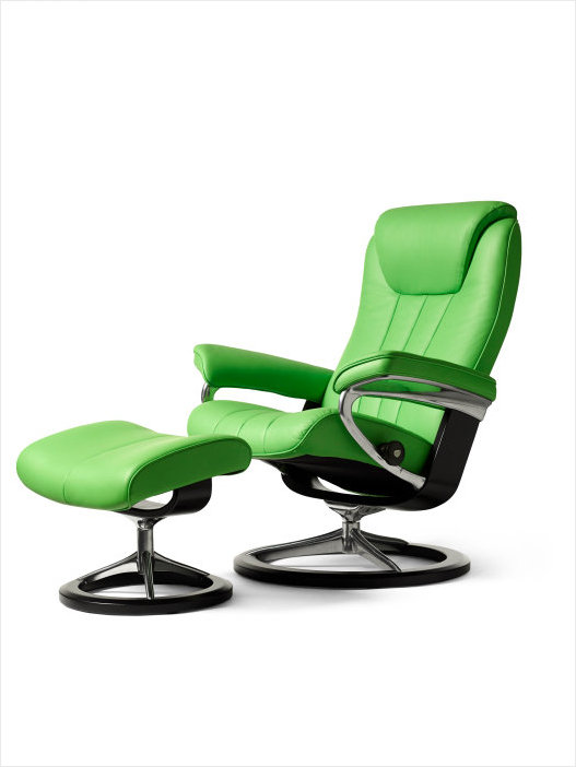 stressless signature edition bliss recliner with ottoman
