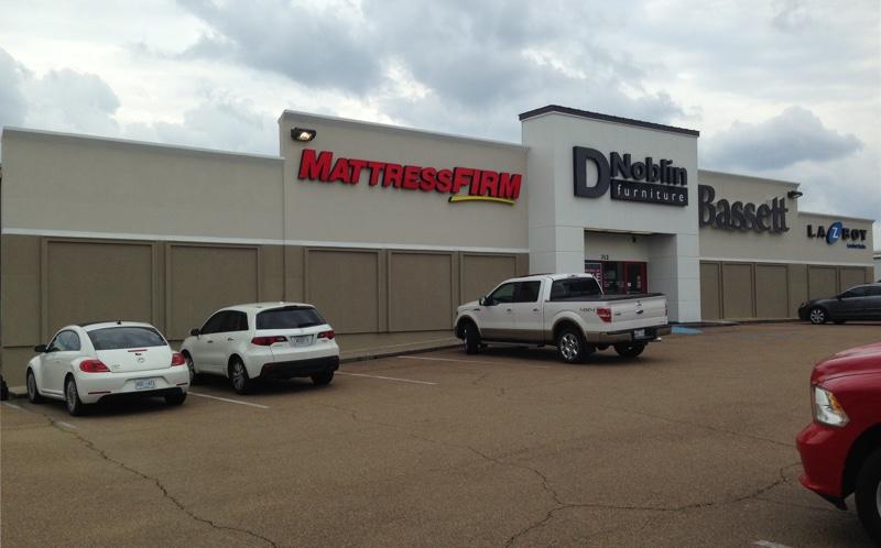 d-noblin-storefront.jpg