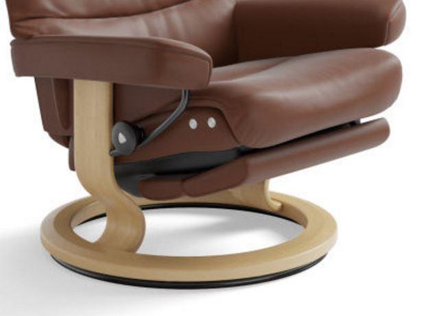 ... stressless-legcomfort-legrest-folded-away-underneath-the-seat.  sc 1 st  Unwind.com & Signature Series Base Stressless Recliners islam-shia.org
