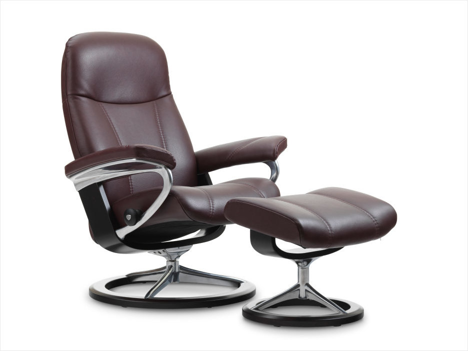 Stressless Signature Consul Recliner in Noblesse Amarone Leather.