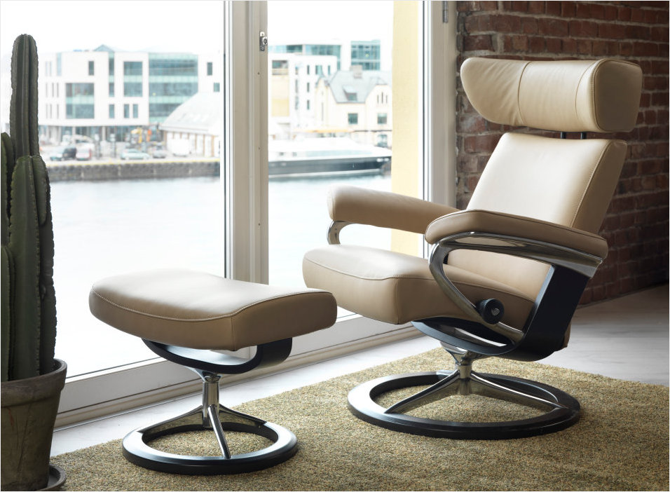Stressless Viva Recliner in Signature Series Style at Unwind.