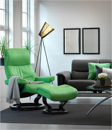 New 2016 Summer Green Paloma shown on this Coming Soon Stressless View Classic Base Model.