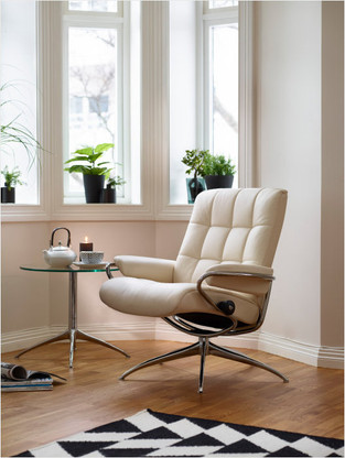 Vanilla Paloma Leather shown on this London Low Back Recliner Chair.