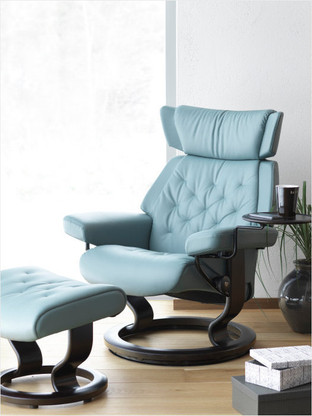 Classic Base option shown for Ekornes Stressless Recliners like the Skyline.