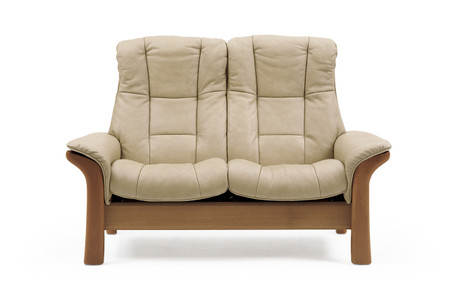 The Stressless Windsor  is a medium sized seat.