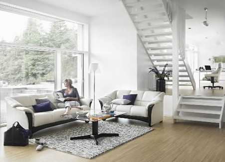 Oslo Sofa and Loveseat complement each other in a elegant harmony