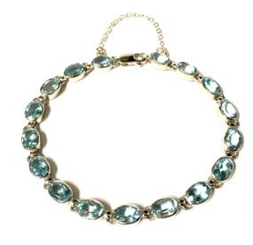 9ct White Gold & Blue Topaz Bracelet