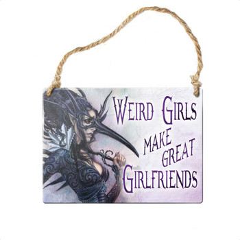 ALHS13 - Weird girls make great girlfriends...