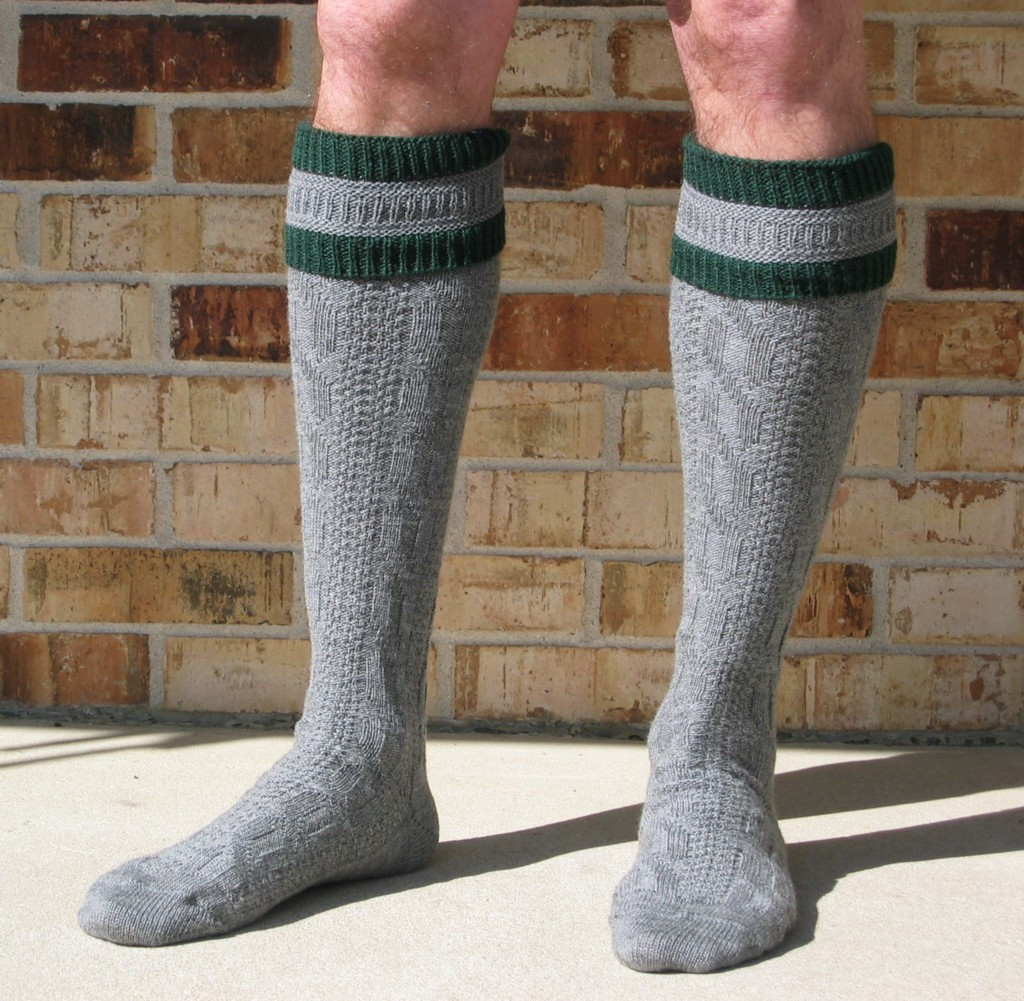 65cf01b71cc8a Men's traditional gray Schuhplattler knee socks with green stripes