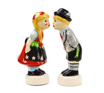 German Gift Ceramic Salt and Pepper Shaker Souvenir