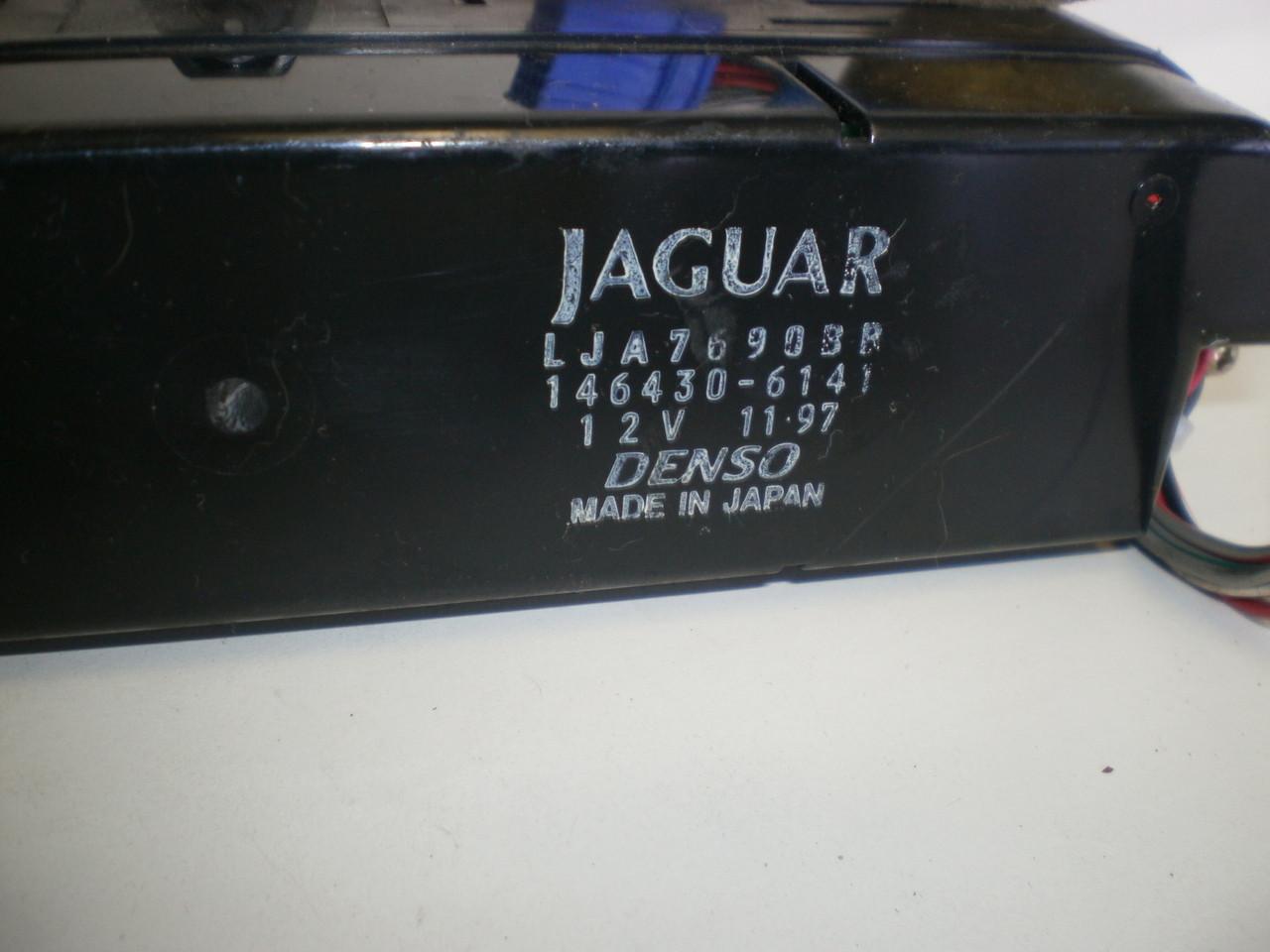 1998 2002 Jaguar Xj8 Vanden Plas Fuse Box Module Relay Lnc 2800 Bc Image 1