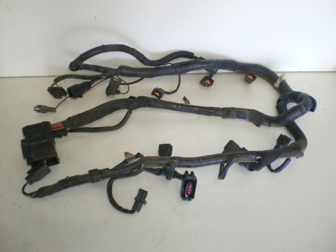 1994 1995 ford mustang 5 0 v8 302 engine fuel injection injector top wire harness gt Ford Alternator Wiring