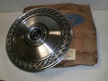 Ford 15 Inch Wheel Hub Cap Cover Trim Car LTD Country Squire (NEW NOS)E0AC-1130-CA D5AZ-1130-K (1)
