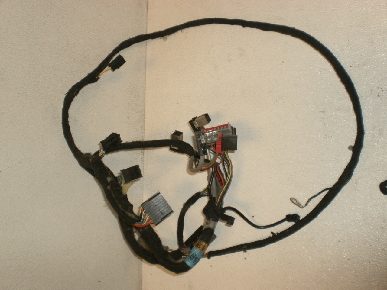 1995 2000 ford mustang front dash mach 460 wire harness amplifier to radio stereo with factory cd player compact disc f6zb 19b113 bc Long 460 Wiring Harness long 460 wiring diagram wiring