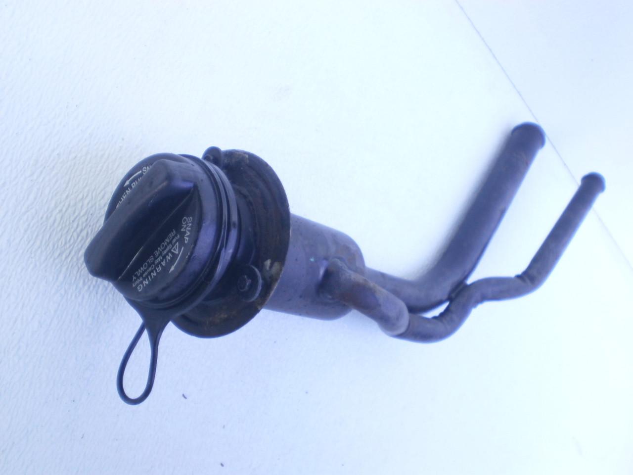 1997-2001 Ford Explorer Mercury Mountaineer Fuel Tank Gas Filler Neck Tubes  Cap XL2Z-9034-CA