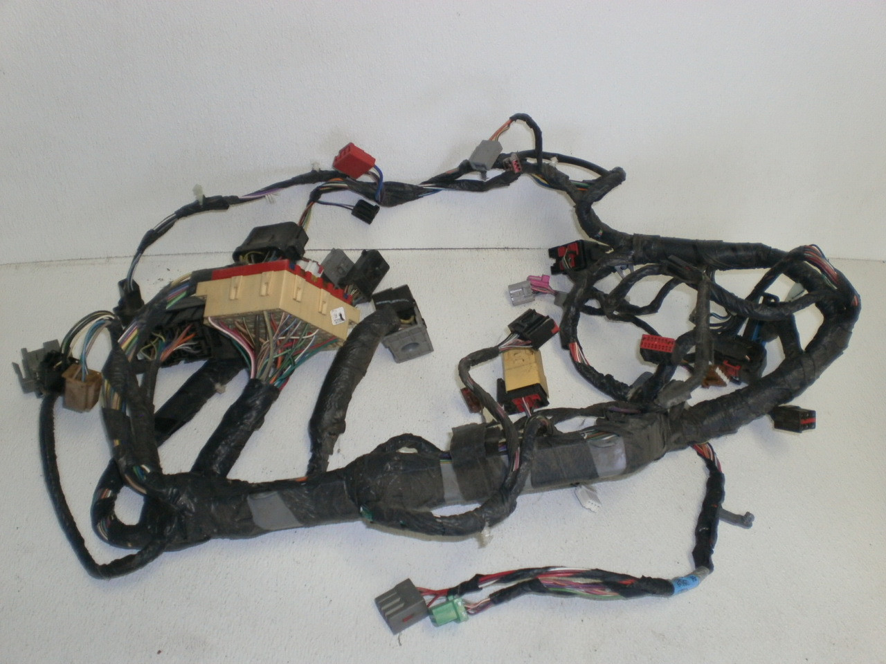 2003 2004 Ford Mustang Interior Dash Wire Harness 3r33 14401 Bb Wiring Larger More Photos