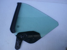 2005-2009 Ford Mustang Convertible Left Quarter Window Glass 4R33-7629701-A 6R3Z-7629711-A