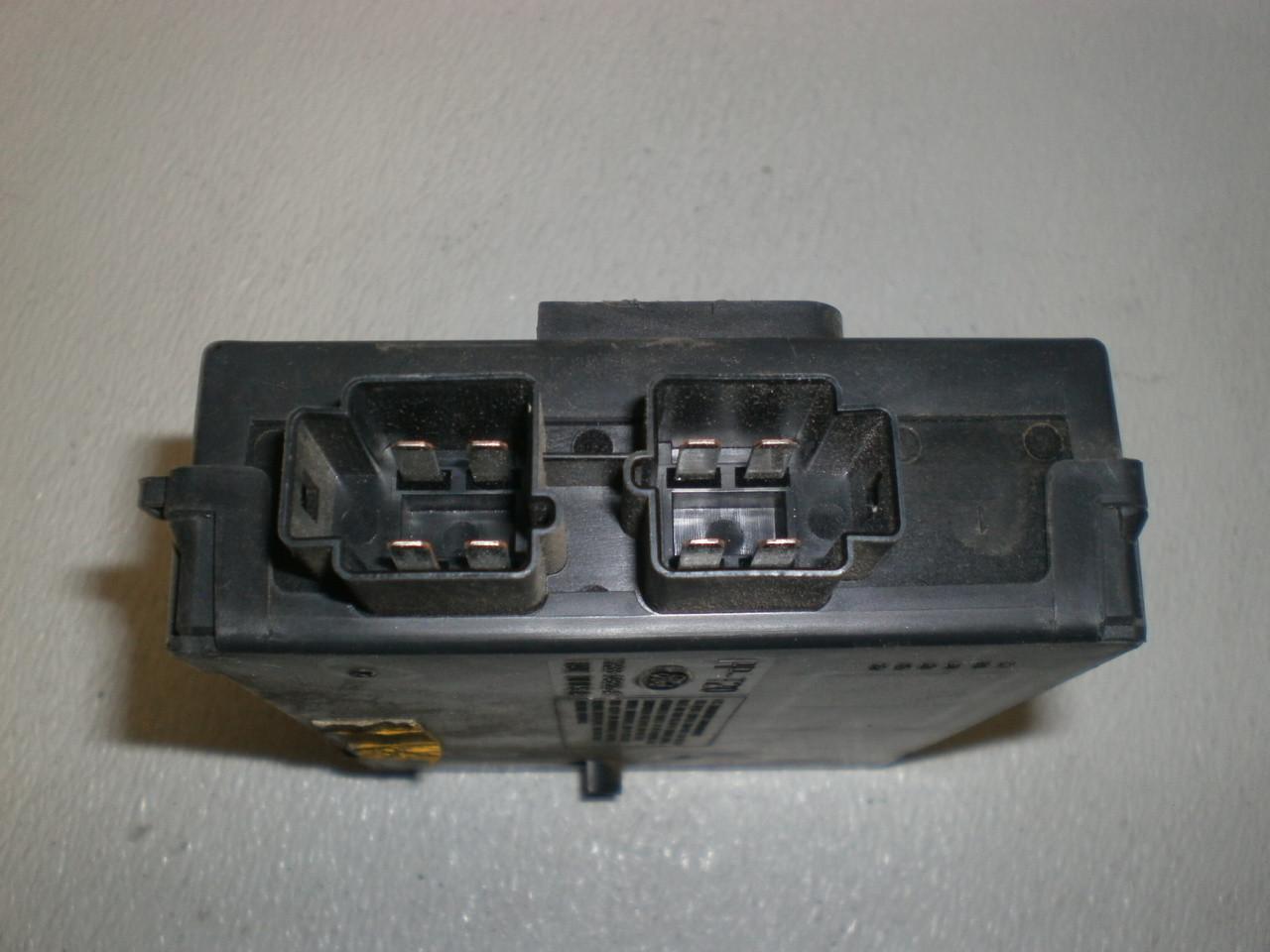 1999-2004 Ford Mustang Gem Module Multi-function Window XR33-14B205-AG AE