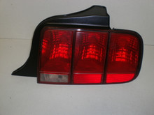 2005-2009 Ford Mustang Right Rear Tail Lamp Light Combination Brake 6R33-13B504-AH 6R3Z-13404-AB