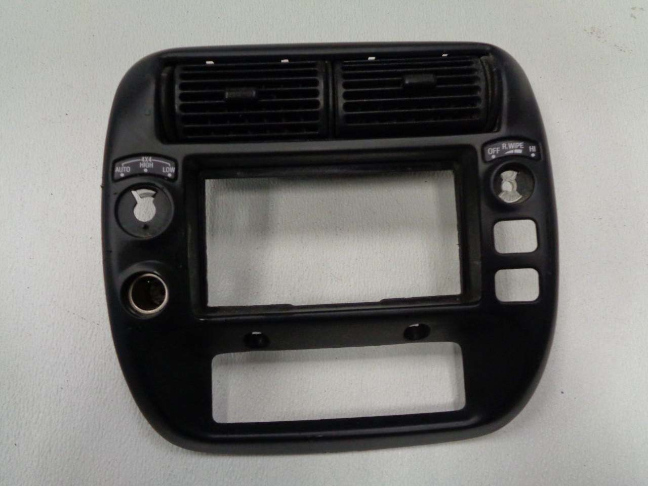 Padholdr Edge Series Premium Tablet Dash Kit for 2006-2010 Ford Explorer//Mercury Mountaineer Pad Holdr PHE75107-206