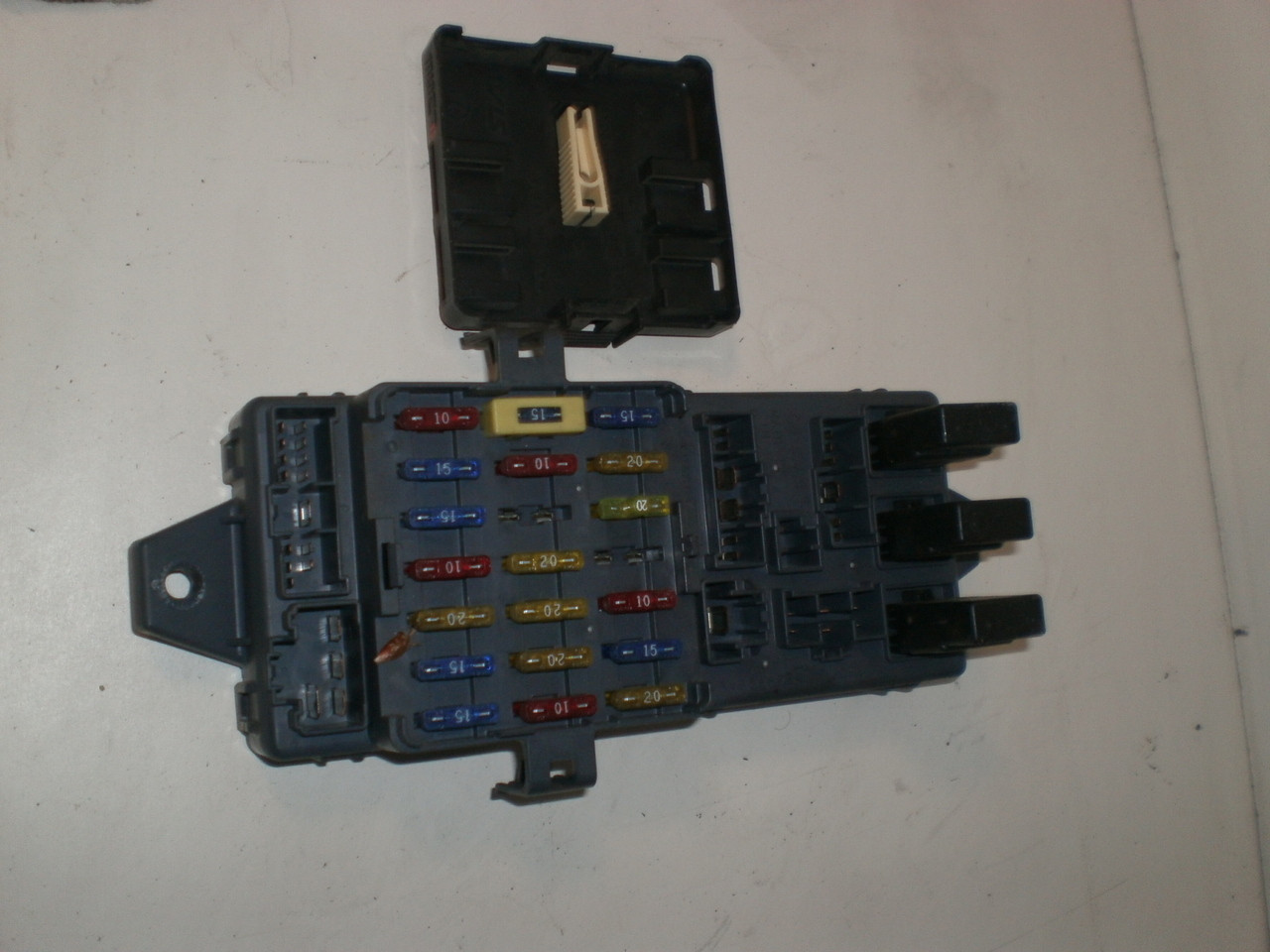 1997 1999 Subaru Legacy Outback Under Dash Fuse Panel Lid Module Maxima Box Larger More Photos