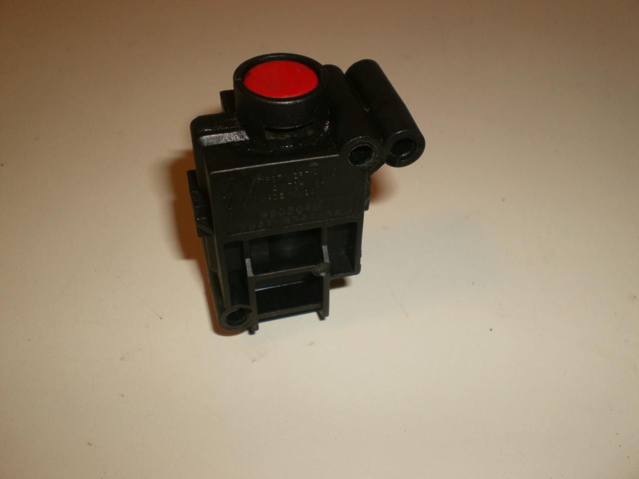 2000-2002 Jaguar S Type Fuel Pump Roll Over Switch Cut Off Inertia