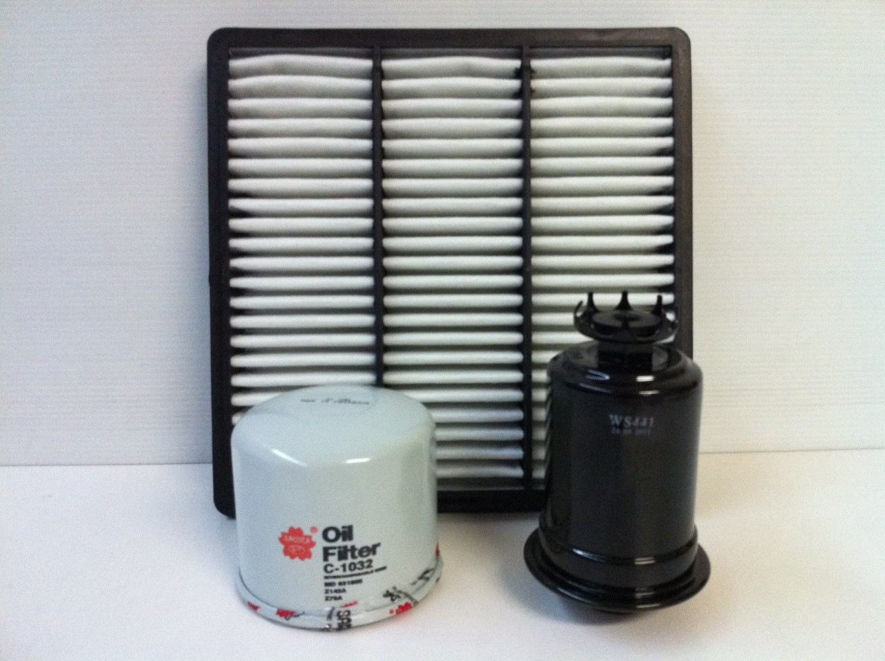 Mitsubishi Pajero Nj Nk 30l V6 Air Oil Fuel Filter Kit Sydney Filters 2008 Jeep Wrangler Image 1