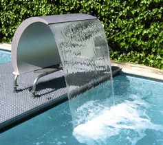 Ornamental Swan Curtain 1000 Swimming Pool Water Feature