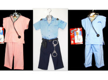 LOT OF UNIFORME COSTUME FOR CHILDRENS.COMMERCIAL OPPORTUNITIES.