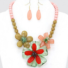 "• Style No : [226607] FN1750-GL-G-ML-20"" + 3""L  • Color : Gold / Gold / Green / Peach / Pink / Red  • Necklace Size : 20"" + 3"" L  • Charm Size : 3"" L  • Earring Size : 2"" L  • Faceted Crystal Acrylic Flower Necklace"