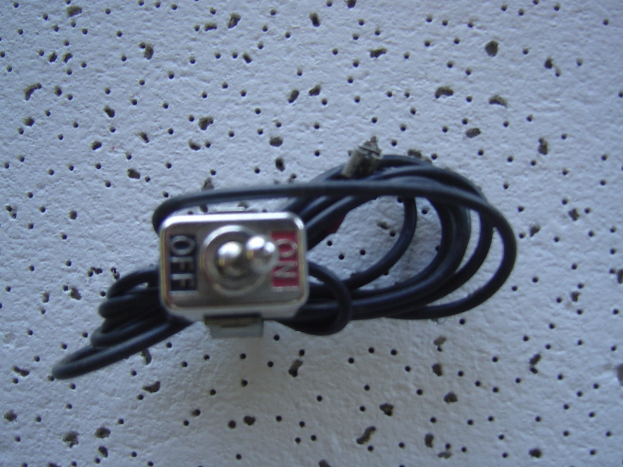Three Way Toggle Kill Switch