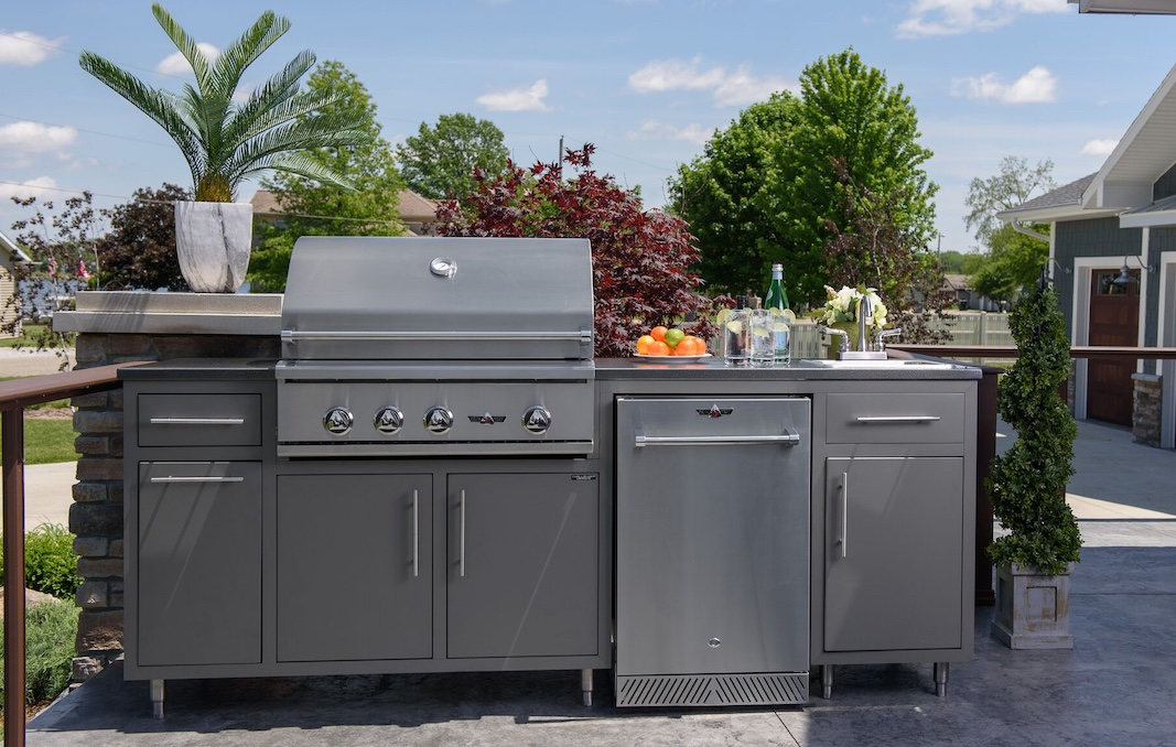 Challenger Delta Heat DHBQ32 Coastal Outdoor Kitchen