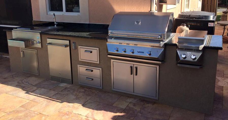 Outdoor Kitchen, outdoor kitchen images, custom outdoor kitchen ...