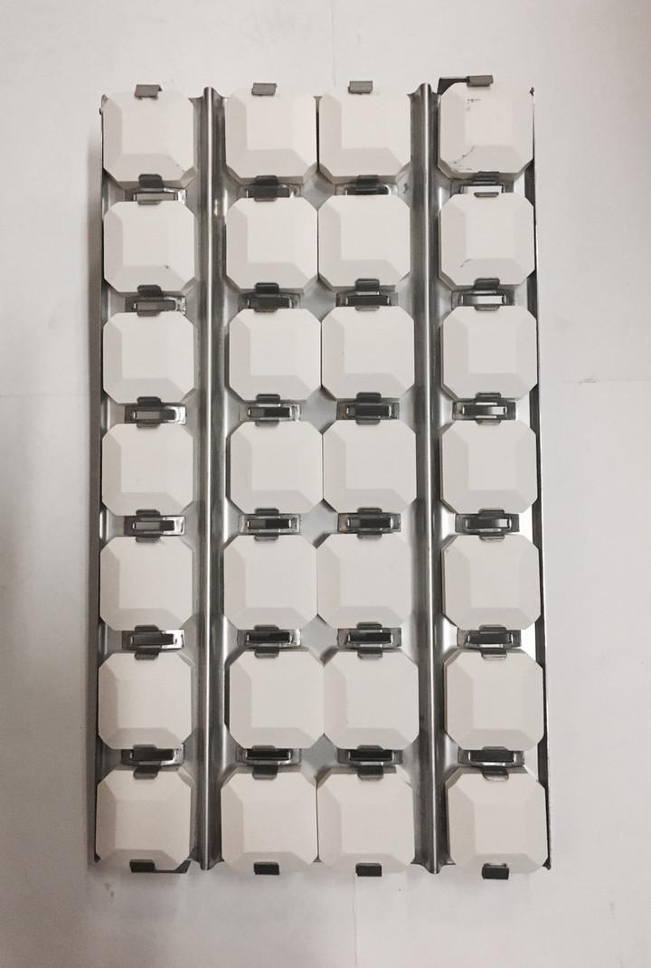 Lynx L27, L36 Briquette Tray Assembly Top