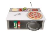 Alfresco Pizza准备和装饰铁路