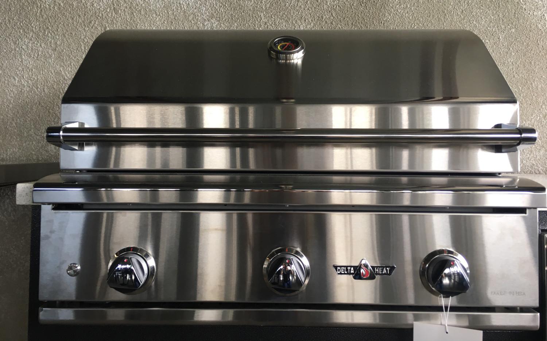 "Delta Heat 32"" Built-in Gas Grill, No Rotisserie"