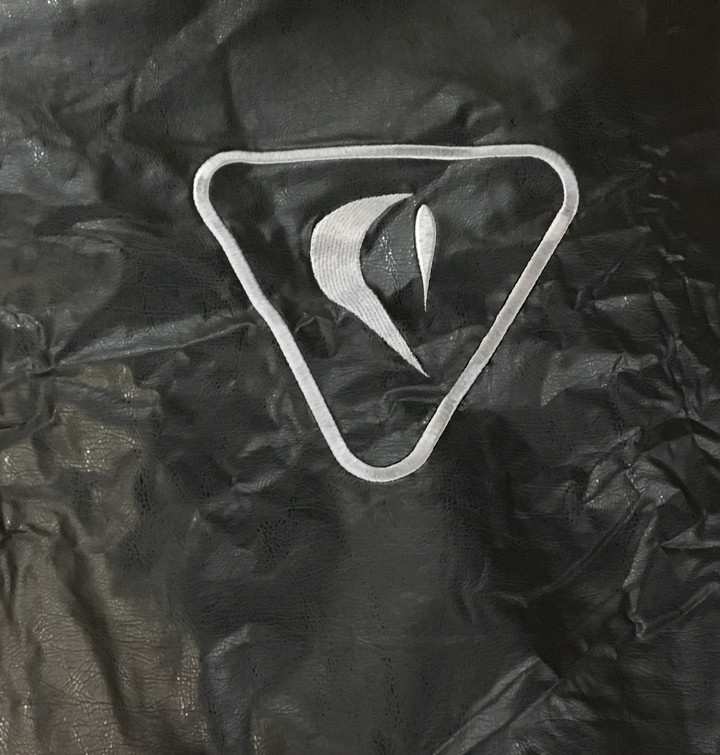 """Delta Heat 32"""" Built-in Vinyl Cover - VCBQ32"""