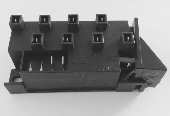 DCS 8 Outlet Ignition Module
