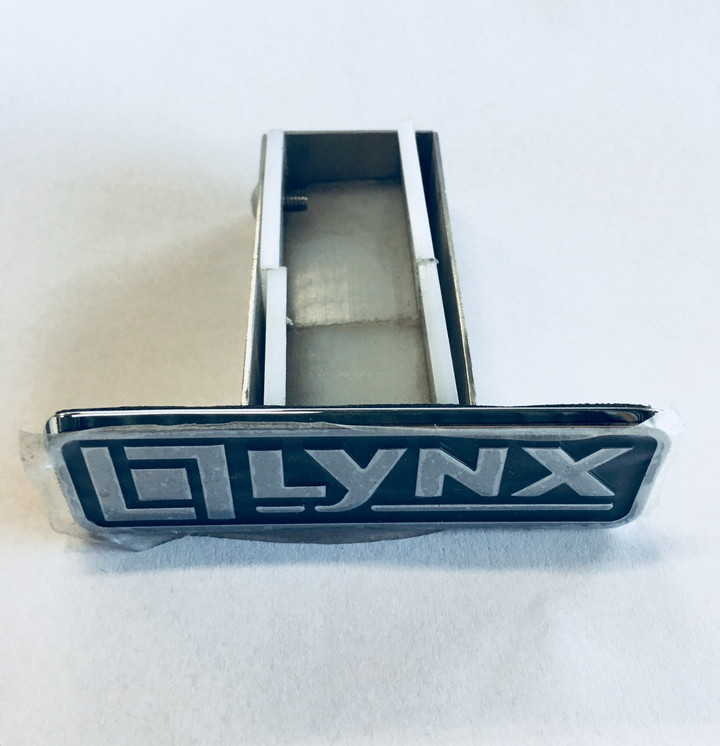 Lynx LBQ 9 volt Battery Tray with Logo - 80489