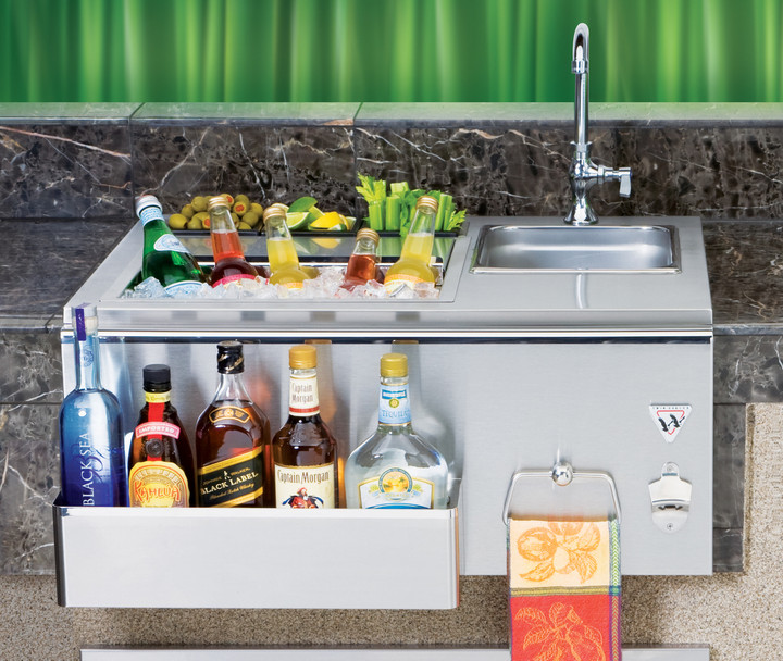 """Twin Eagles 30"""" outdoor beverage center"""