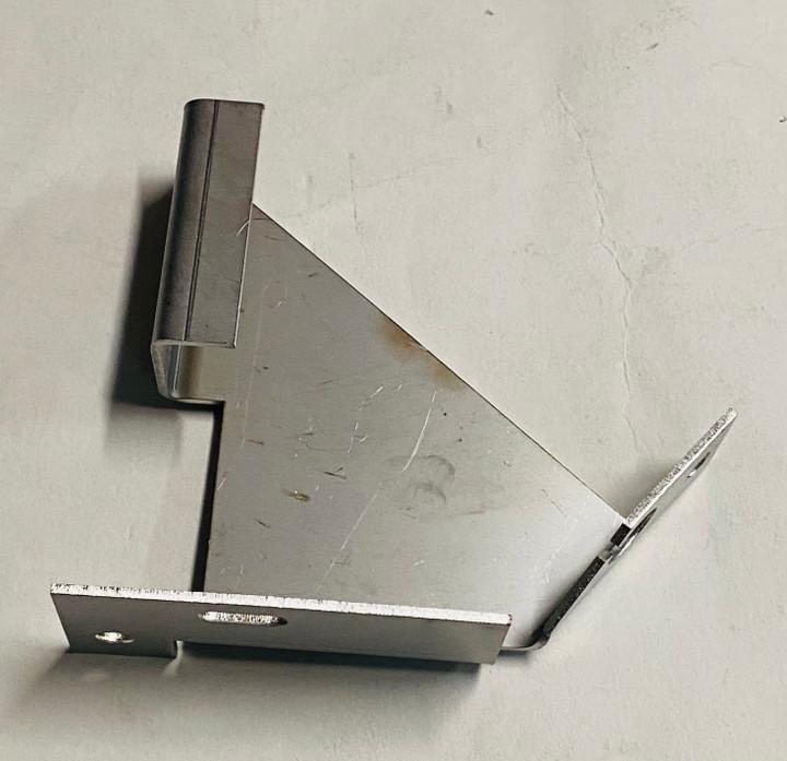 Lynx Retrofit Hot Surface Igniter Bracket Angle - 33551