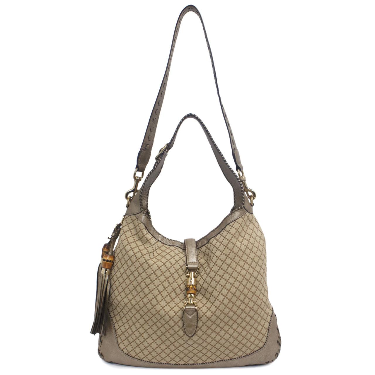 d3dc9ef552a0 Gucci Large New Jackie Shoulder Bag - modaselle