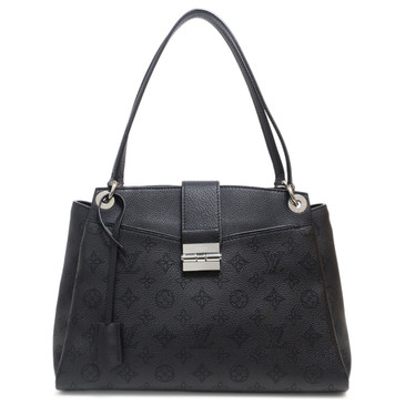 Louis Vuitton Noir Mahina Leather Sevres Bag