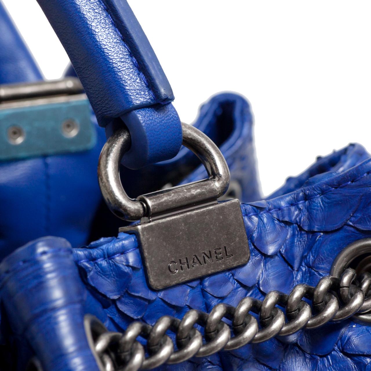 9d5481b2ad805e Chanel Blue Python Drawstring Backpack - modaselle