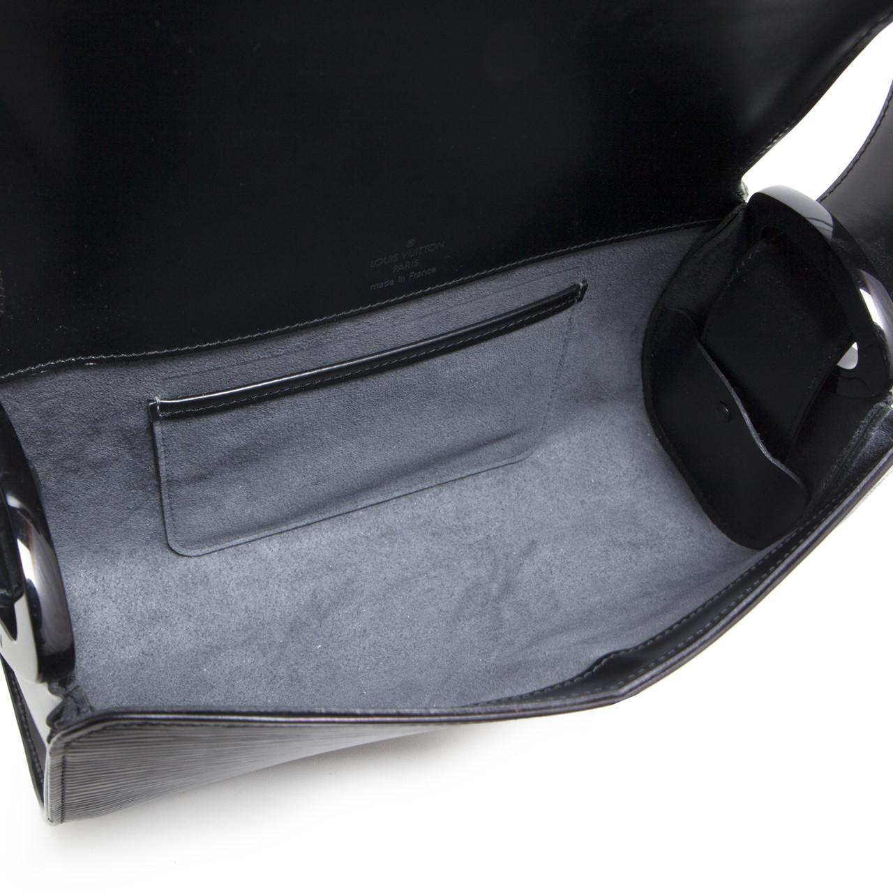 Louis Vuitton Black Epi Leather Nocturne PM - modaselle 61dea870ad573