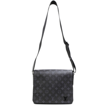 Louis Vuitton Monogram Eclipse District PM
